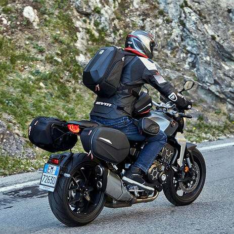 _Zaino con Guscio Termoformato Givi   ST606   Greenland MX_